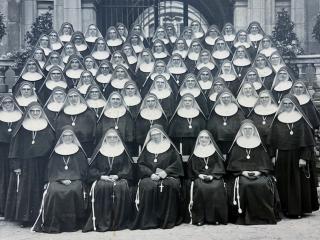 Oberzeller Schwestern im Juliusspital